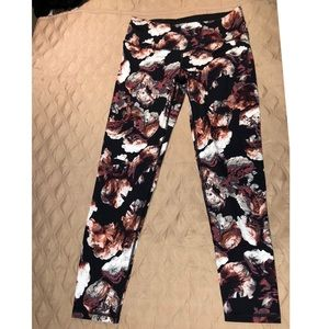 VS knockout tight with floral print